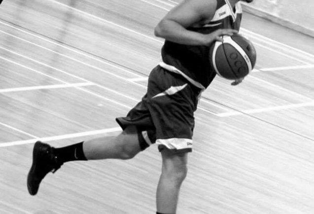 Achour Riad, meneur de jeu, basket