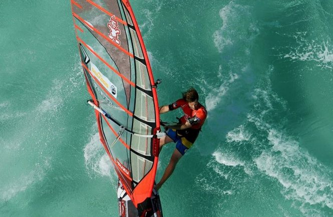 Cyril Moussilmani Windsurfeur pro PWA Slalom